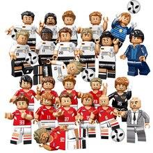 12 pcs Time de Futebol Jogador De Futebol Figuras Blocos de Construção Compatível Legoing Tijolos Rússia Futebol Alemão Figuras de Brinquedo Para Criança