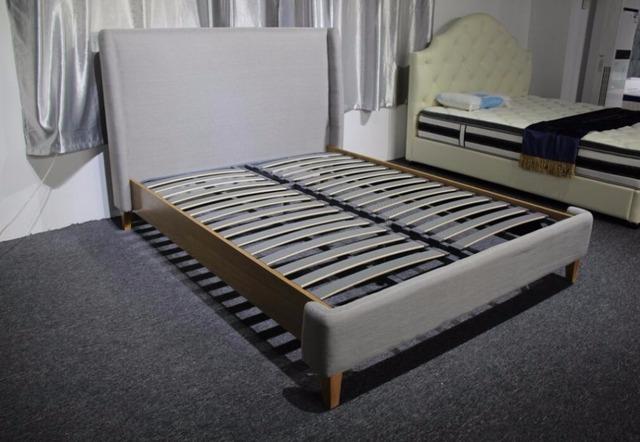 2017 nuevo EE.UU. contemporánea moderna de lino tejido de dormir suave cama cabecera alta muebles de dormitorio de matrimonio Hecho en China