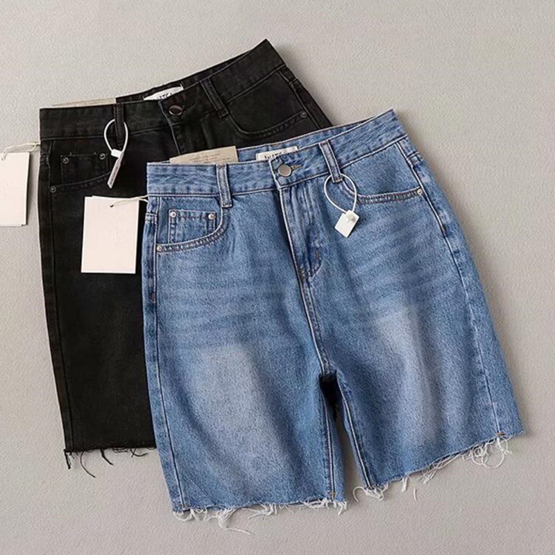 2019 High Street High Waist Hurr Hem Knee Length Straight Denim Shorts Vintage Short Pants Sexy Summer Women Short Jeans