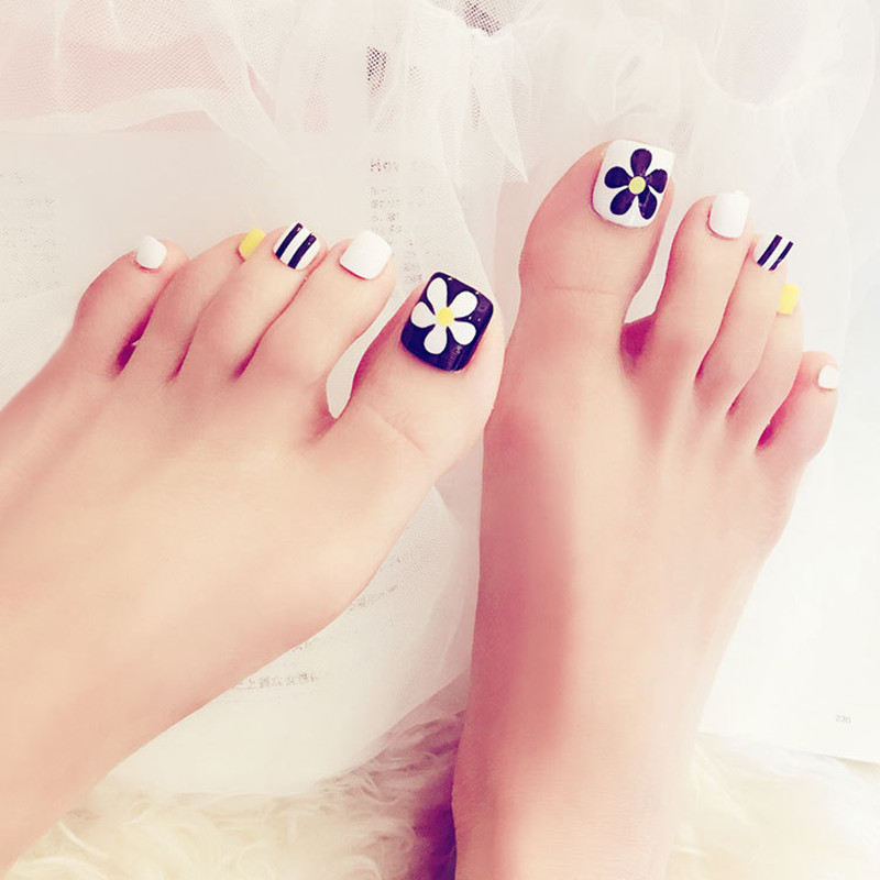 buy new black white yellow beautiful summer toenails little flower foot patch 24pcs of box refreshing color foot nails for girl from