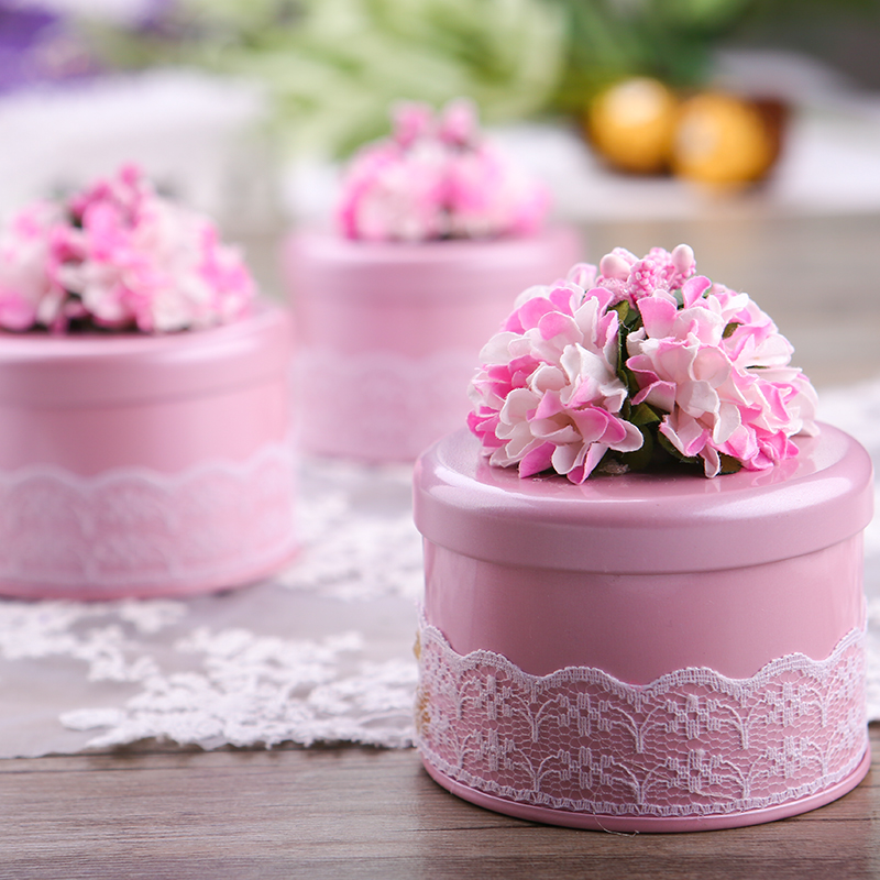 10pcs/lot Creative Round Shape Tinplate Wedding Candy Box With Beautiful Flower Small Party Favor Gift Box Pink/Purple/Red/Blue