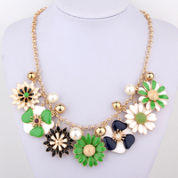 CirGen Fashion Chokers Cute Green Daisy Flowers Beads Pendants Statement Collar Necklace Jewelry Item Women,AF953