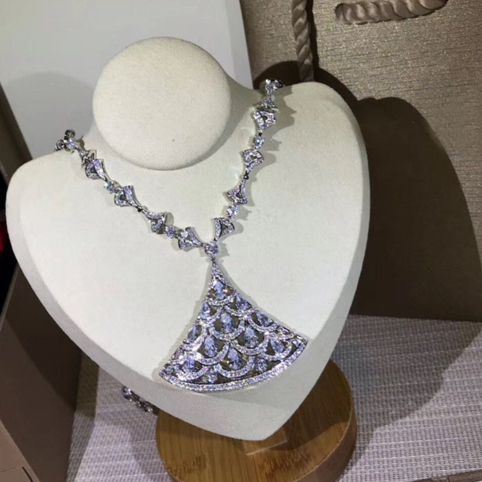 Designer Fashion Copper Jewelry 3A Cubic Zirconia Party Necklace-in Torques from Jewelry & Accessories    1
