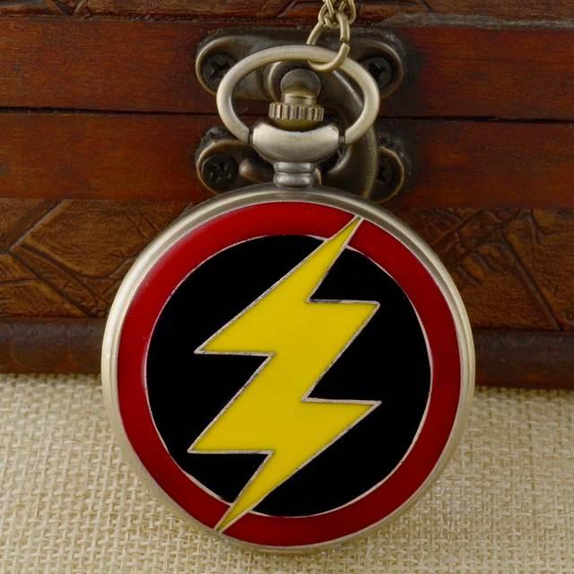Vintage Bronze Flash Quartz Pocket Watch Retro Men Women Pendant Necklace Jewelr