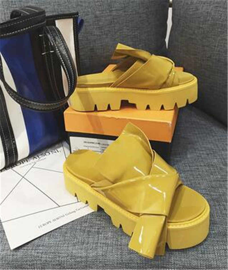 Summer Butterfly Knot Shoes Woman Solid Slippers Leisure Zapatos De Mujer Outside Flip Flops Square Heel Shoes