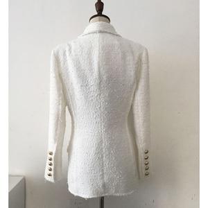 Image 3 - 높은 품질 최신 패션 2020 디자이너 블레 이저 여성의 목도리 칼라 더블 브레스트 라이온 버튼 술 트위드 자켓 오버 코트