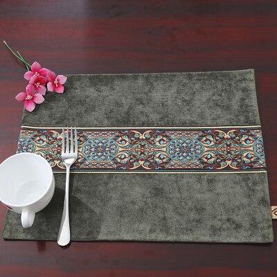 Лоскутный с вышивкой кружевное китайские столовые приборы стол колодки Статуэтка винтажный Европейский стиль бархатная ткань Настольный коврик - Цвет: Армейский зеленый