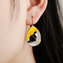 SUTEYI Classic Cartoon Cat Tear Drop Earrings Charms Umbrella Couple Cats Comics Style Water Drop Earrings Women Jewelry(China)