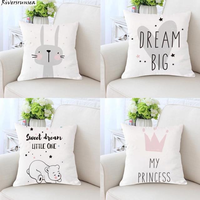 Lindo cojín de conejo de dibujos animados encantador Animal princesa oso sueño gran amor corazón impresión cojines para decoración de habitación de niños