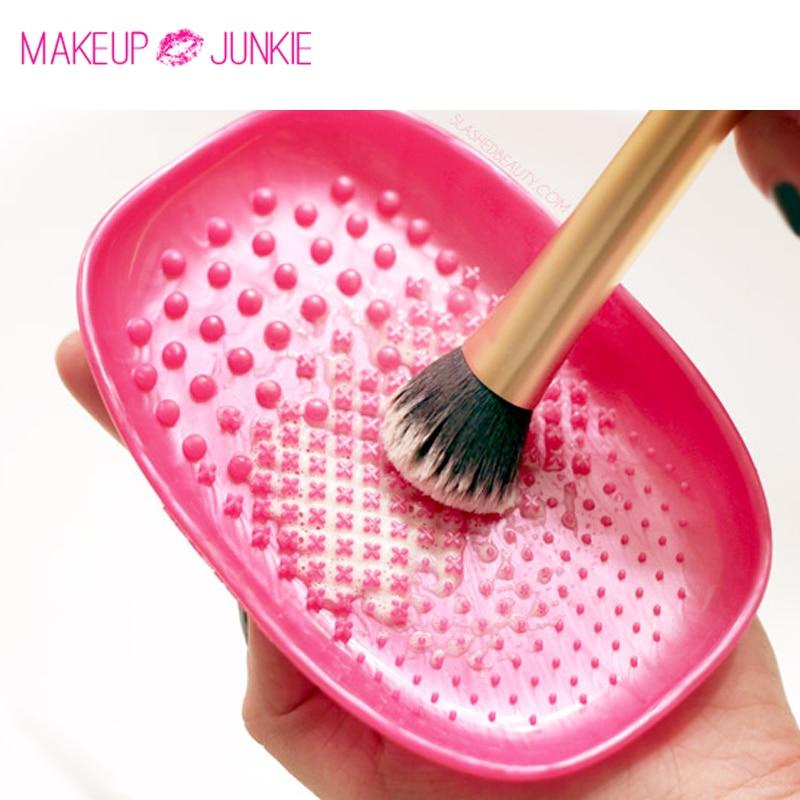 1pc Makeup Junkie Brush Cleansing Palette Makeup Brush