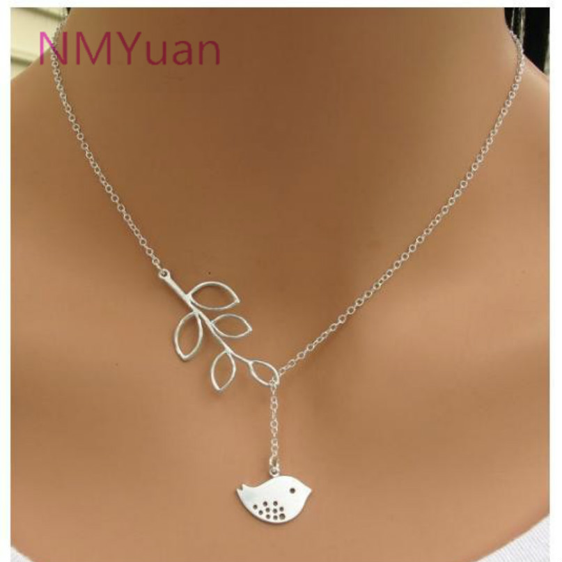 Hot New European And American Fashion Alloy Leaves The Wholesale Trade Sales Birdie Clavicle Short Chain Necklace