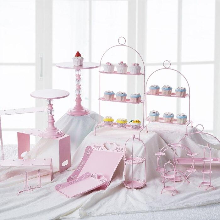 Niveau unique en forme d/'étoile gâteau stand-disponible dans une gamme de styles pilier