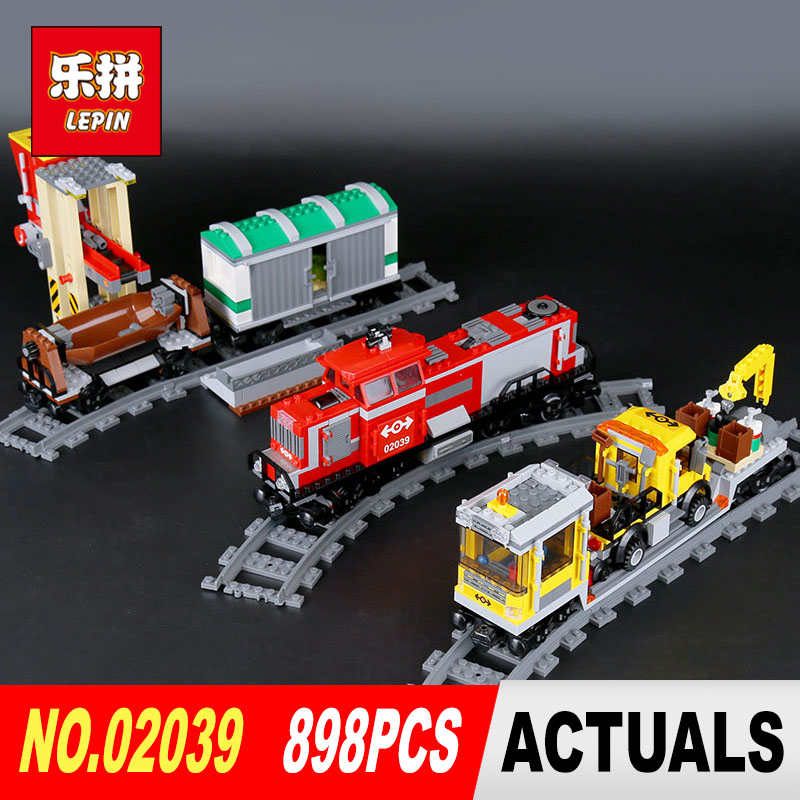 Lepin 02039 Genuine City Series 898Pcs The Red Cargo Train Set 3677 Building Blocks Bricks Educational Toys for Children little red train s race to the finish