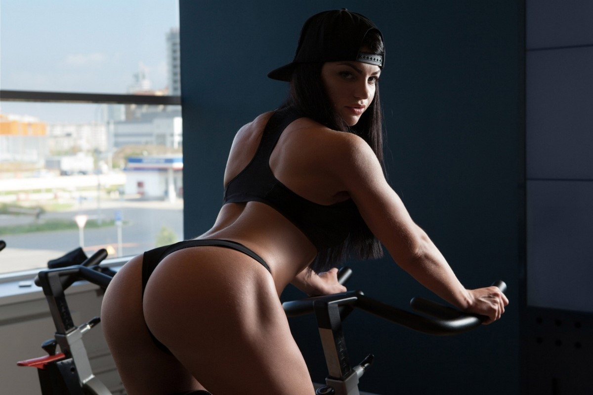 Nude Butt Gym 112