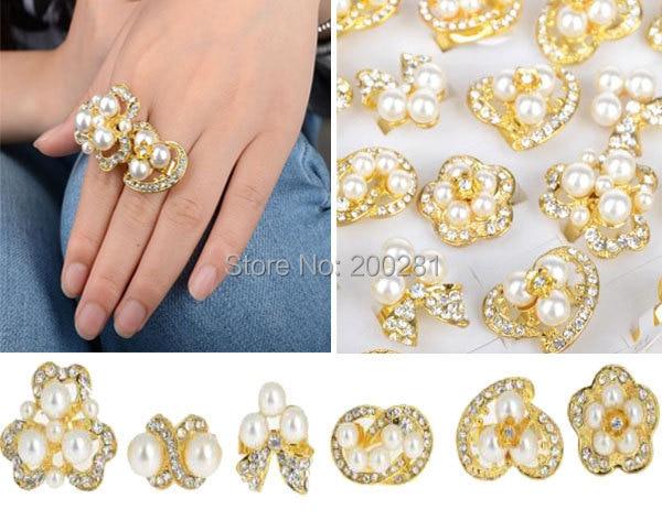 aad61e1bf Mezcla al por mayor 5 unids lote color cristalino austríaco del oro perla  Anillos para las mujeres simulado perla anillo de bodas del dedo de la flor  ...