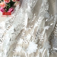 Embroidery Mesh lace 3D Fabric white Wedding dress Soft network Heavy manufacturin Plant flowers NEW good looking X0026