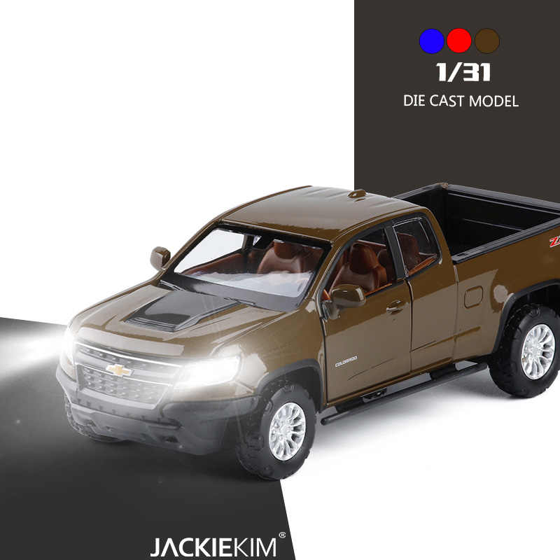 1:31 Chevrolet Colorado Pick up Alloy Diecasts Vehicles SUV Car Model With Sound Light Pull Back Car Toys For Kids Gifts