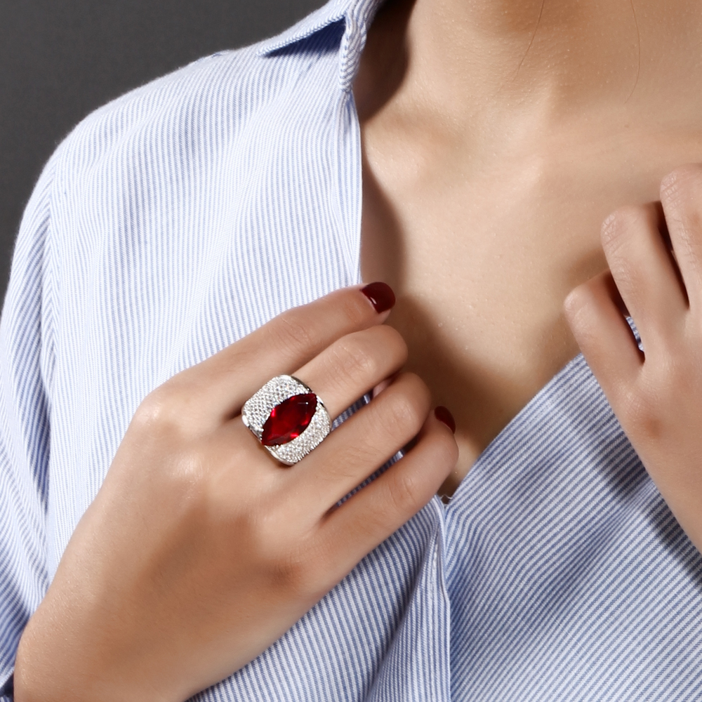 Large Horse eye shape with Red/Blue/Clear big cz ring Long design unique jewelry Accessories for woman Bands Trendy ring