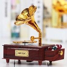 Винтажная музыкальная шкатулка в виде граммофона для украшения дома, подарок на свадьбу, день рождения, статуэтка, шкатулка для украшений, ручная карусель, музыкальная шкатулка