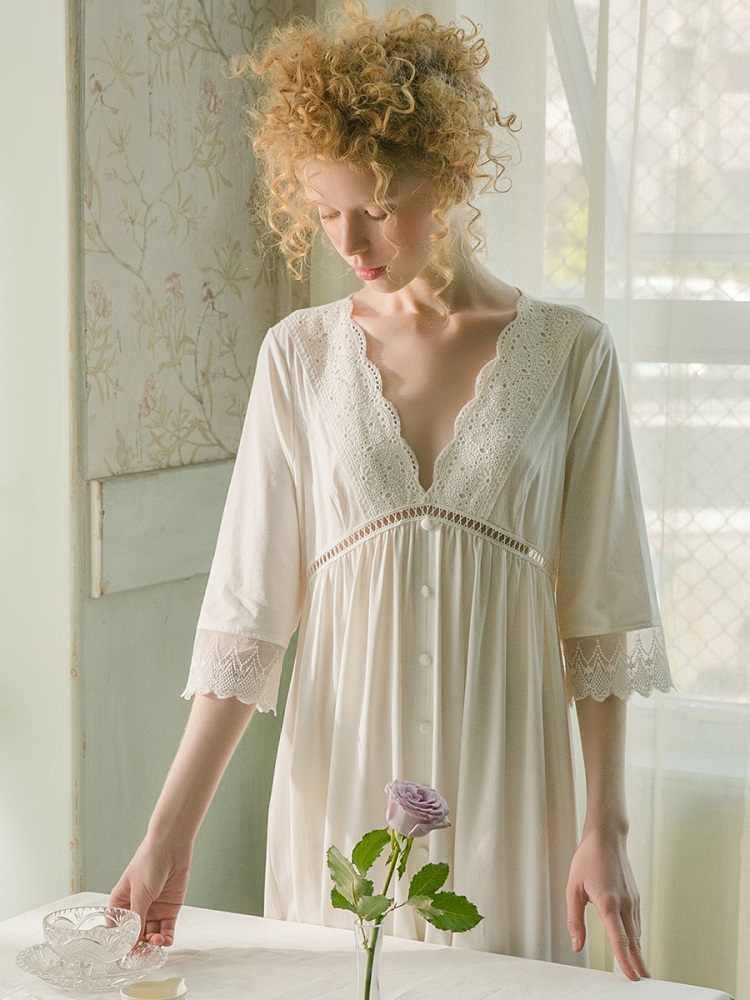 ملابس نوم قطنية بيضاء لربيع وصيف 2019 للسيدات ملابس داخلية ناعمة وجذابة مع تنورة ليلية من الدانتيل فستان نوم للأميرة مقاس كبير 19532