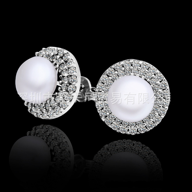 e6bd2df19c4e Ronda CZ diamantes brillantes aretes de perlas grandes