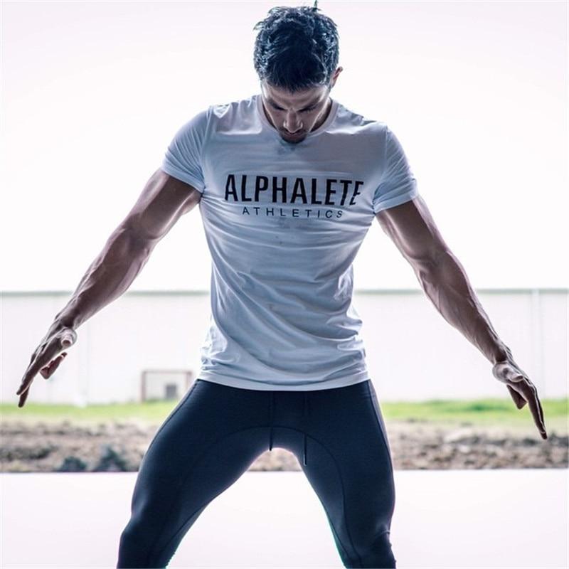 2018 marke männer T-Shirt Fitness Slim fit Shirts Crossfit kurzarm Baumwolle kleidung Mode Freizeit Oansatz ALPHALETE gedruckt T
