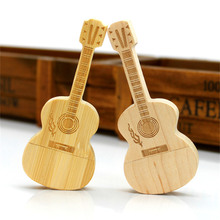 цена 10pcs/lot Creative!!! 8GB 16GB 32GB Guitar U disk USB 2.0 Wooden USB flash drive pen drive 8G 16G 32G gift U disk онлайн в 2017 году