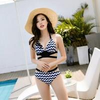 2017 Japonia i Korea Południowa styl nowej seksownej czarnej i białe bikini zestaw strój kąpielowy gorącymi źródłami paski druku piękna dziewczyna seria