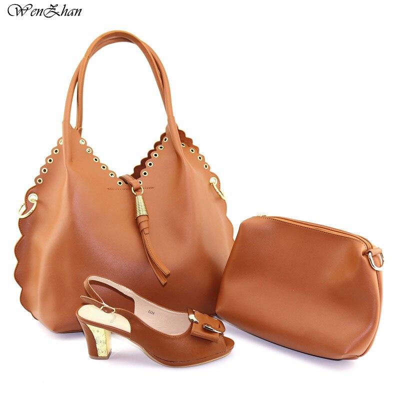 뜨거운 판매 갈색 색상 높은 뒤꿈치 신발과 가방 세트 일치하는 가방과 함께 최고의 일치 이탈리아 신발 레이디 일치하는 신발 wenzhan C96 24-에서여성용 펌프부터 신발 의  그룹 1