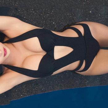 2020 Sexy czarny Halter wyciąć bandaż Trikini strój kąpielowy Monokini Push Up brazylijski stroje kąpielowe kobiety One Piece Swimsuit tanie i dobre opinie PLAVKY Poliester spandex WOMEN Stałe Jeden sztuk Pływać Pasuje mniejszy niż zwykle proszę sprawdzić ten sklep jest dobór informacji