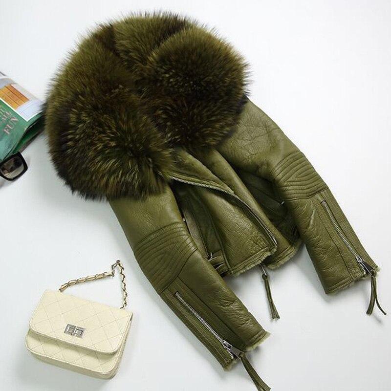 2017 Women Real Sheep Fur Coat Winter Jacket Women Warm Genuine Merino Sheepskin Leather Jacket Large Real Raccoon Fur Coats