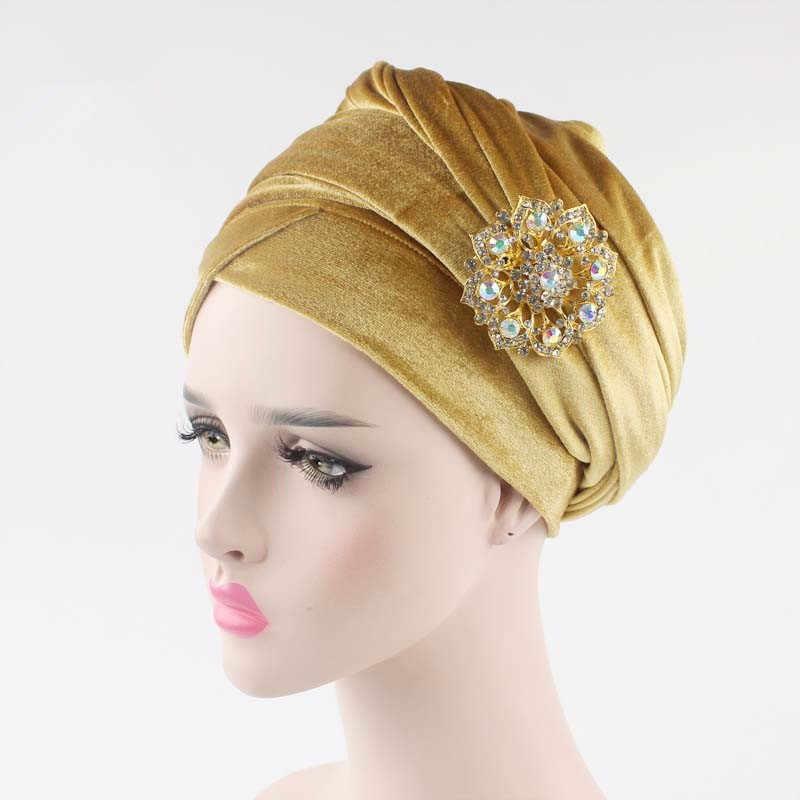 Nuevas mujeres plisadas lujo terciopelo hijab turbante cabeza Extra larga envoltura sombrero joyería India broche cabeza bufanda señoras accesorios para el cabello