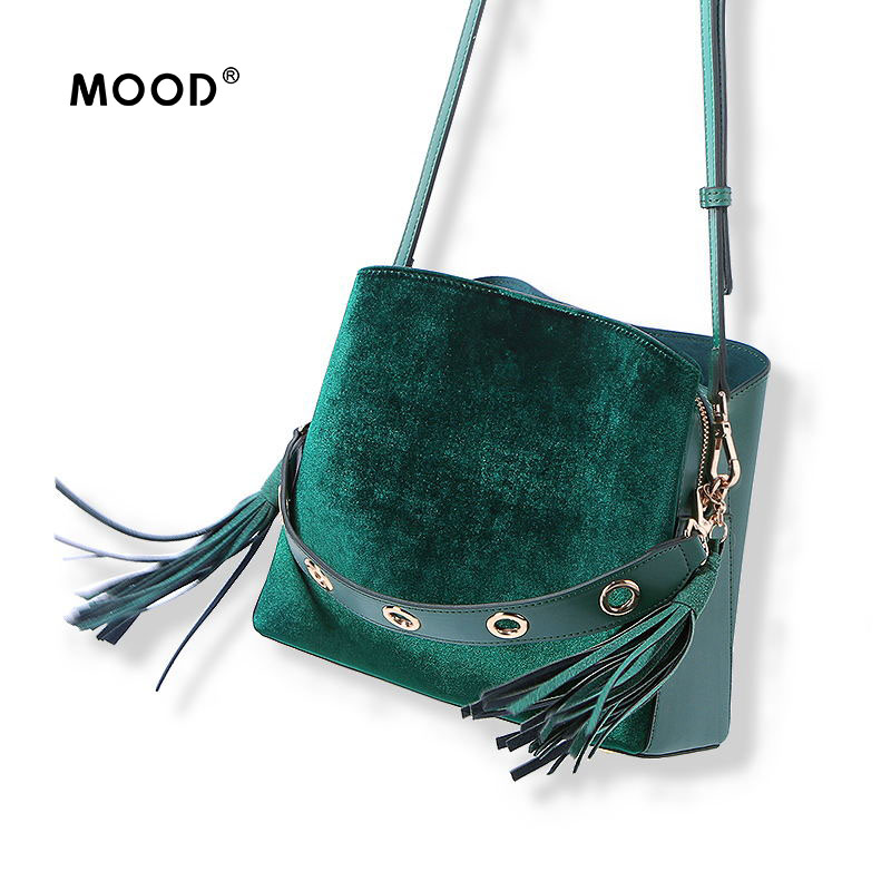 MOOD handbag Velvet women bag 2018 new tide restoring ancient ways han edition joker inclined bag laptop bag tassel bucket bag wholetide 10 marriage gauze bag bag joker bag silver rose