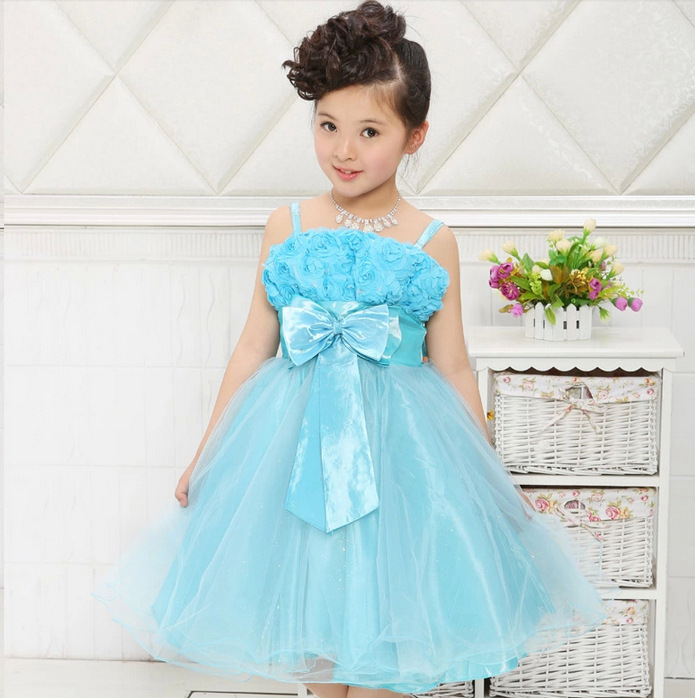 Vestido infantil azul celeste