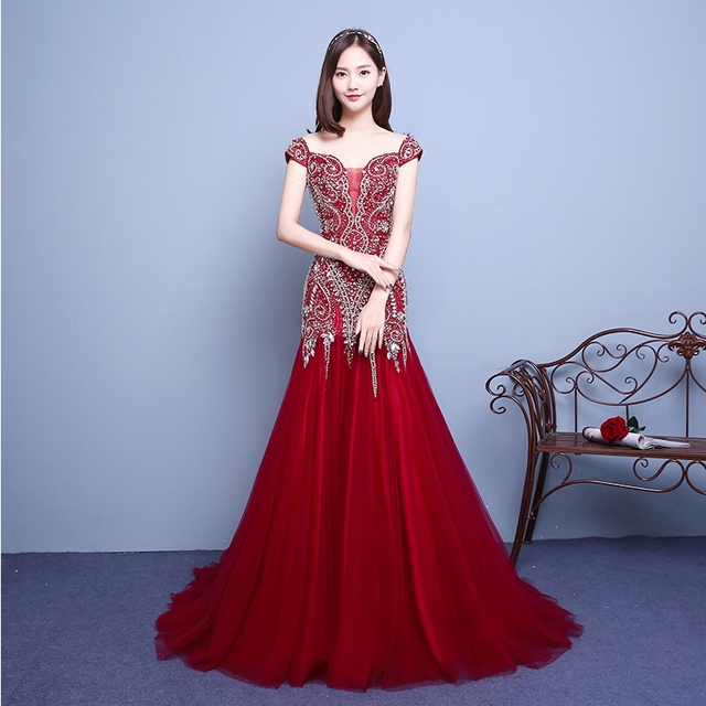 90b21b5e881 Diamonds Embroidery sweep train 2018 Women s elegant long gown party proms  for gratuating date ceremony gala