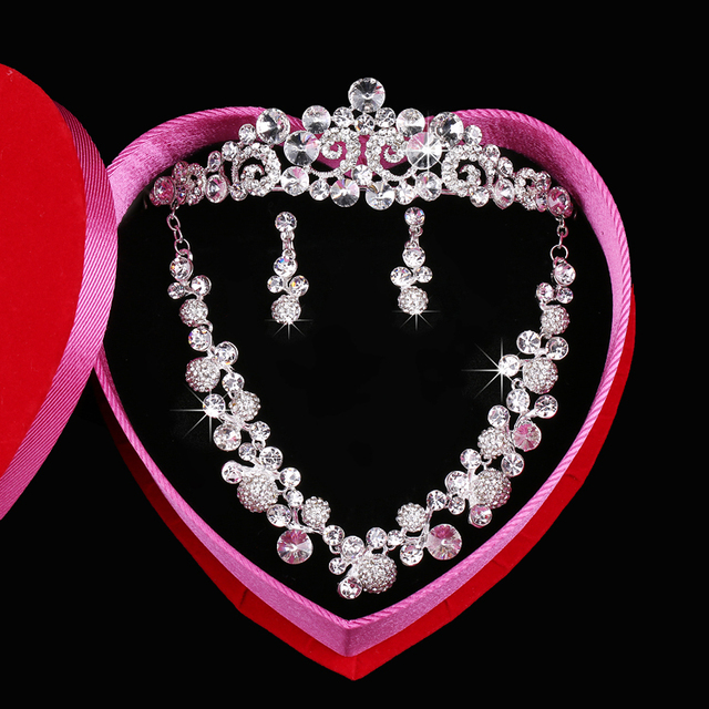 Sparkle Wedding Accessories Sets Silver Plated African Beads Cheap Crown Bridal Accessories Online 2016 Cappelli Da Sposa