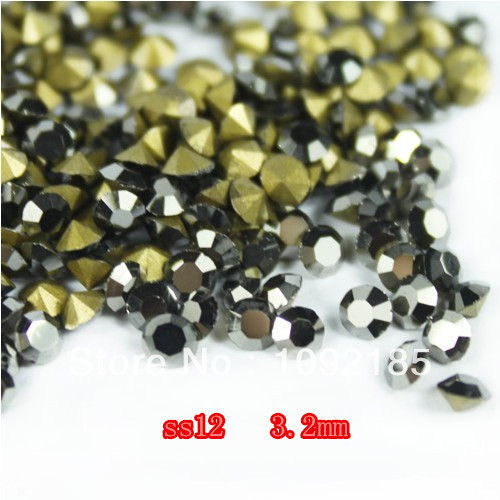 купить 1,440Pcs SS12 Pointed Back Rhinestones Jet Black  Color Glass Rhinestones Free Shipping недорого