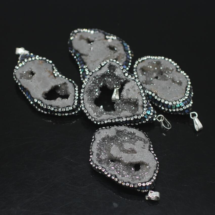 5PCS Gray Titanium Druzy Ag ate Nuggets Pendant,Drusy Geode freeform Slab Paved Abalone Shell chips with Rhinestones Pendant