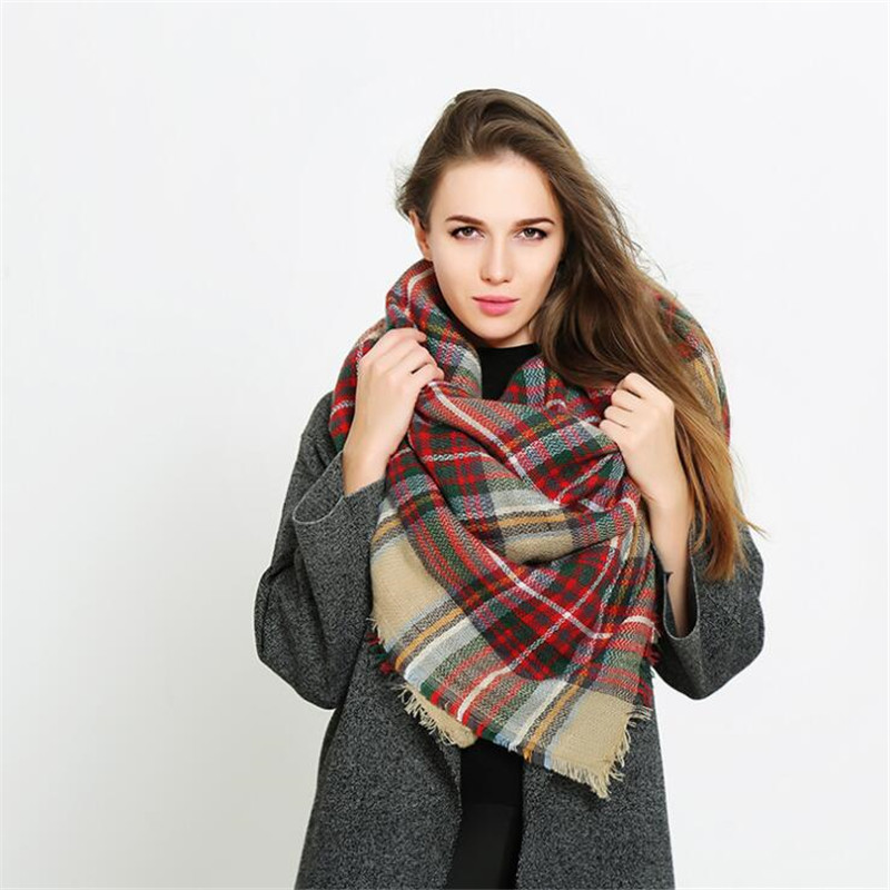 Vente 2018 new hot marque de luxe automne femmes de mode hijab écharpe  foulard femme écharpe en cachemire foulard bufandas invierno mujer 2018 Pas  Cher En ... b592026ab8b