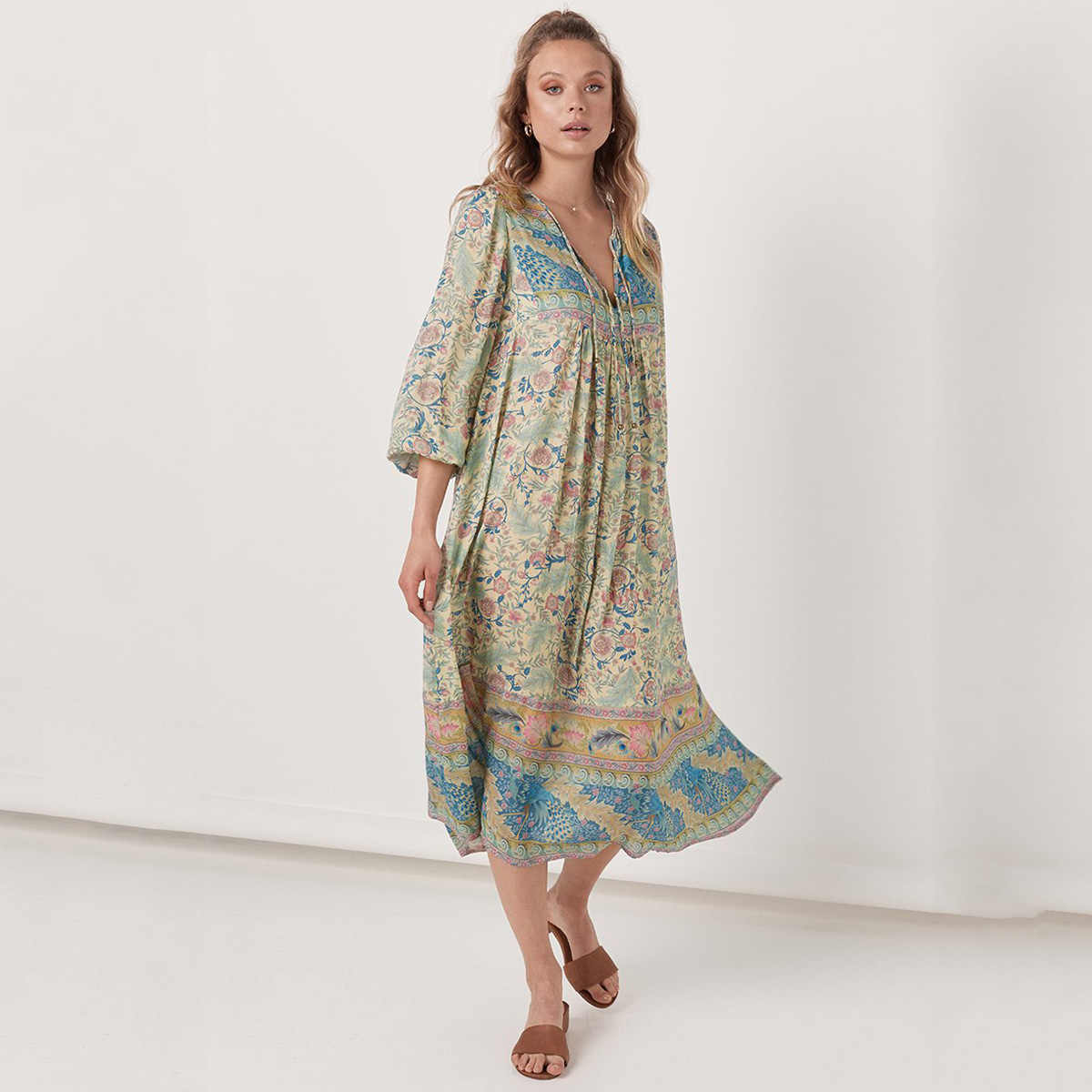 1c5d9b6561a96 Gypsy Style Print Dress Vintage Oasis Boho Maxi Dresses Casual Beach Long  Dress V-Neck Long Sleeve Women Dresses Vestidos 2019
