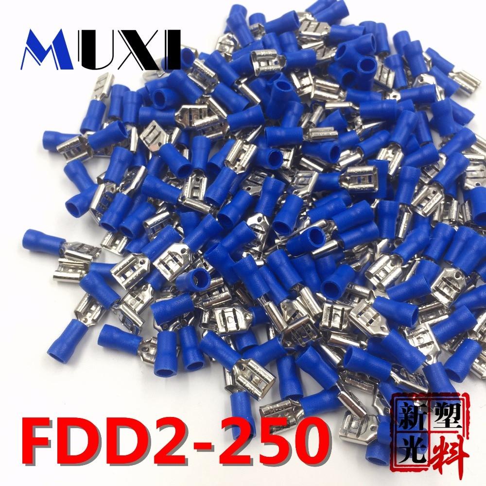 - 1 Paquete 100 Piezas Conectores Aislados Terminales tipo Pala Azul para Cableado El/éctrico 50 Hembra y 50 Macho