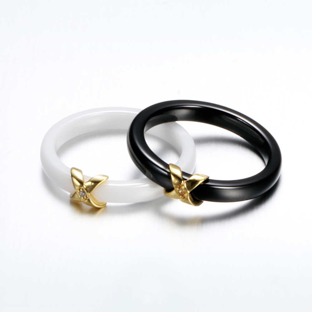 Women Rings 2018 New Simple Finger Ring Ladies Black White Color Ceramic Couple Knuckle Ring Hand Jewelry Gifts Girls in Rings from Jewelry Accessories