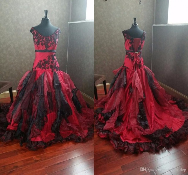 2f7ecc8ac2f HQ Burgundy and Black Gothic Wedding Dresses V Neck Appliques Ruffles  Organza Bridal Gowns Plus Size