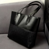 Handbags 17614
