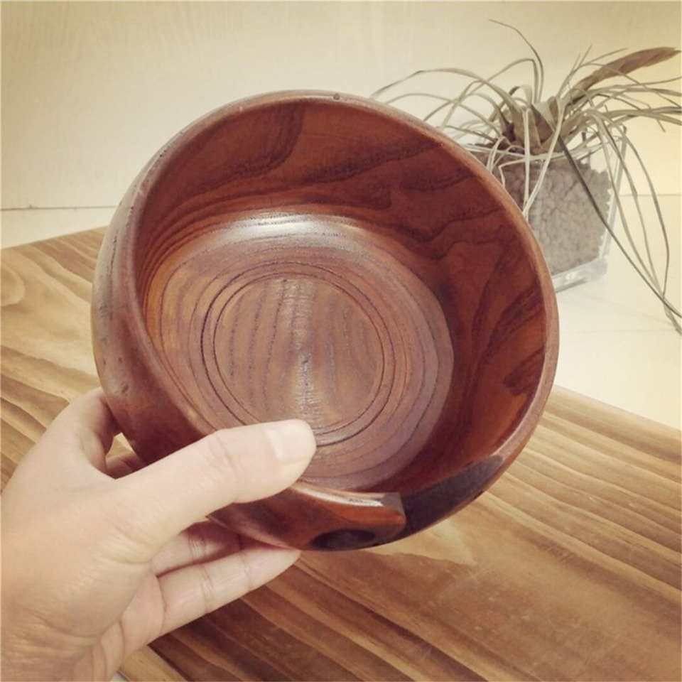 Mandalaa Practical Design Home Knitting Crocheting Accessories Portable Size Eco-Friendly Wooden Yarn Storage Bowl