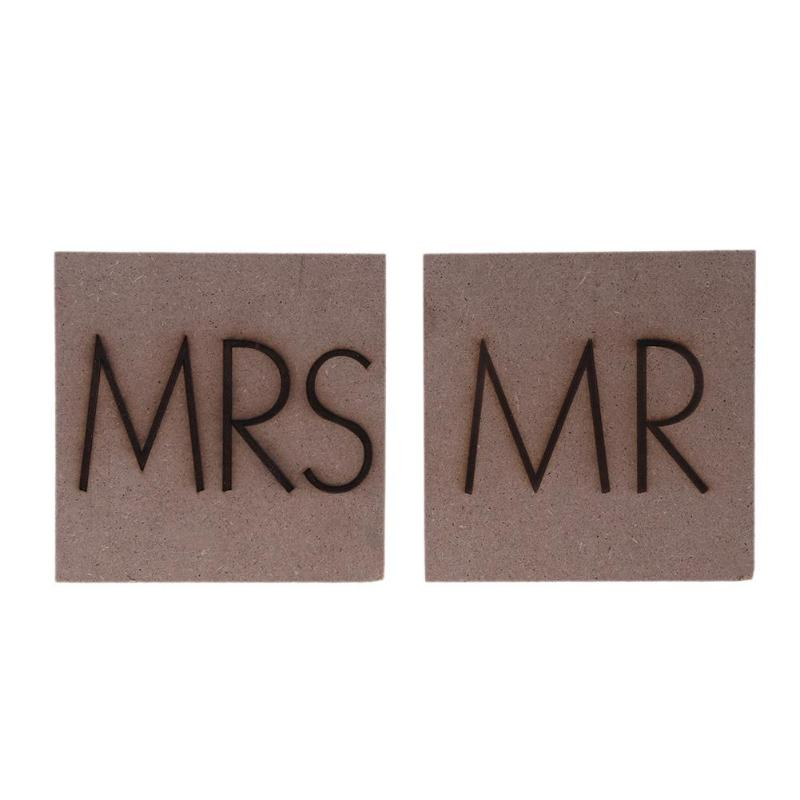 2pcs/set MR MRS Double Side Carving Wood Board Ornaments Wedding Decoration For Wedding Embellishments Table Decoration