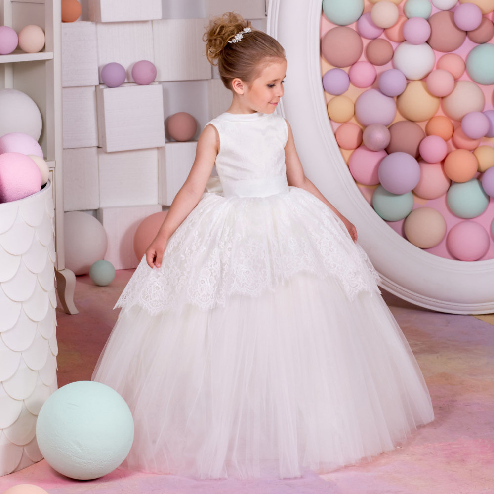 White Flower Girl Dresses Lace Appliques Ball Gown Sleeveless O-Neck Back Bow Solid First Communion Dresses Vestidos De Comunion hot flower girl dress white a line bow sash sleeveless solid o neck girls first communion dress hot sale vestido de comunion