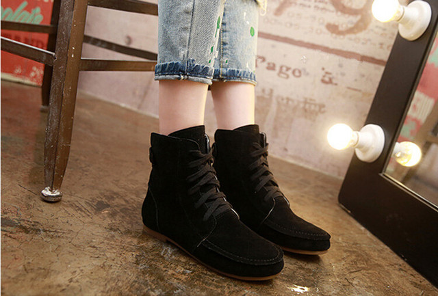 986b941e6ba3 Hot selling new 2017 autumn winter 35-42 Women Flat Ankle Snow Motorcycle  Boots Female Suede Leather Lace-Up Boot 8 Colors