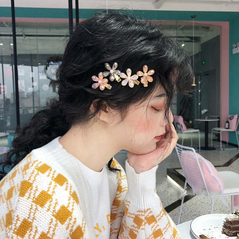 MENGJIQIAO 2019 Korean New Trendy Crystal Flower Hairpins Colorful Elegant Hair Clips For Women Fashion Summer Hair Accessories