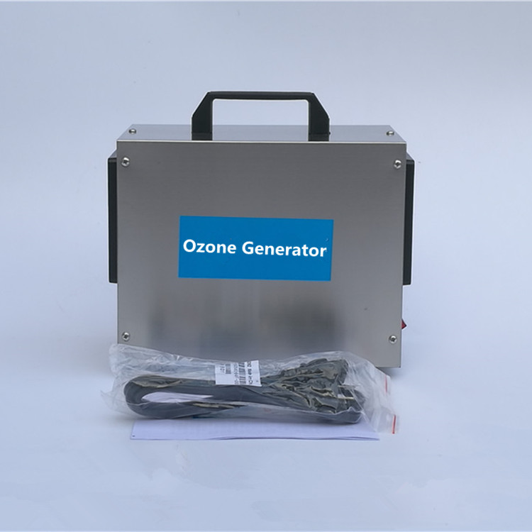 Purificateur d'air à la maison de machine de générateur de l'ozone 7g / h Désinfection médicale de la machine de désinfection d'air de la machine 110V de voiture